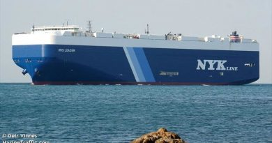 Iris Leader car carrier