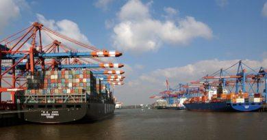 ITF и ETF призовават укрепването да се извършва от пристанищните работници