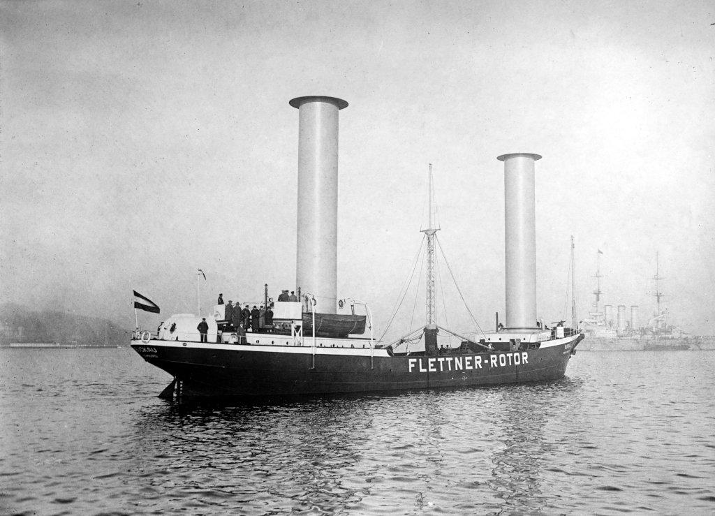 """Корабът """"Buckau"""" с два ротора на Флетнер"""