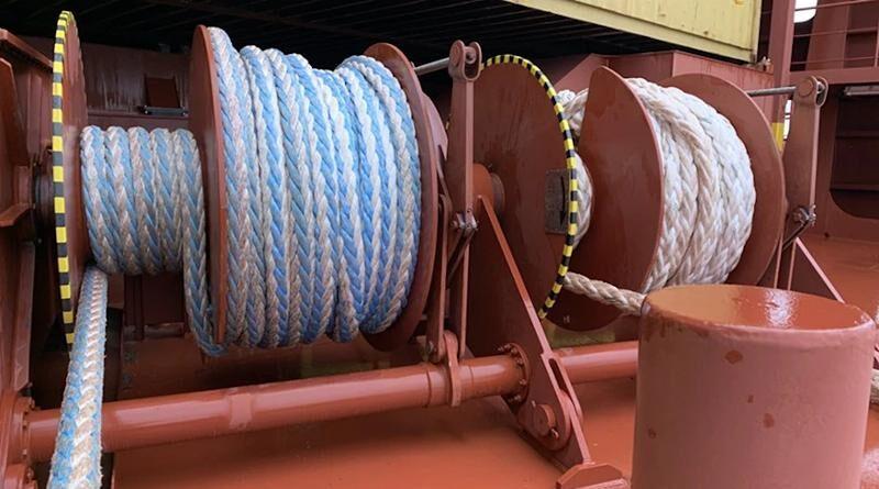 Швартови въжета